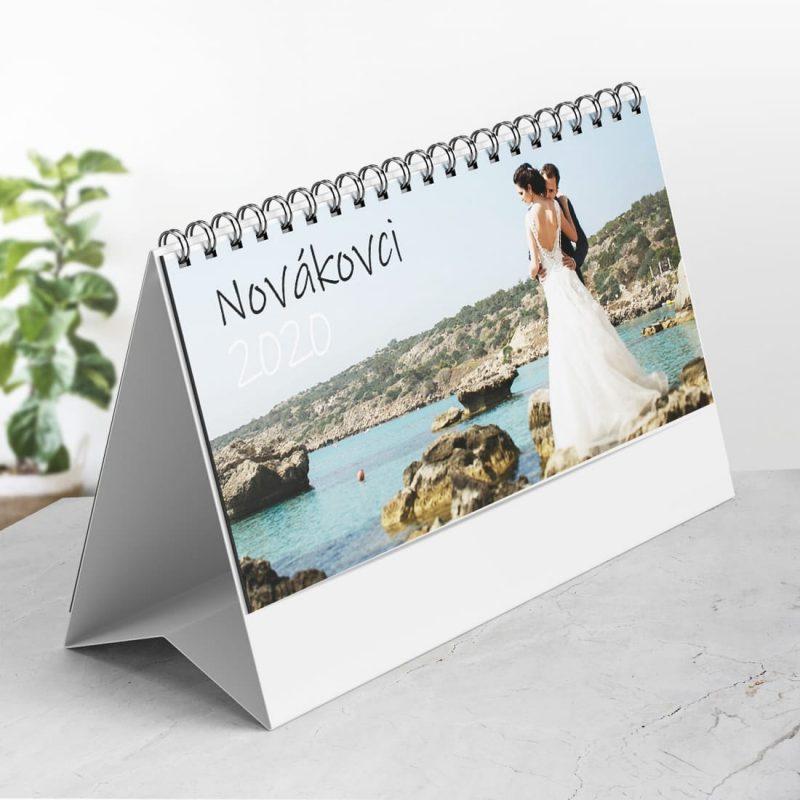 kalendar na stol